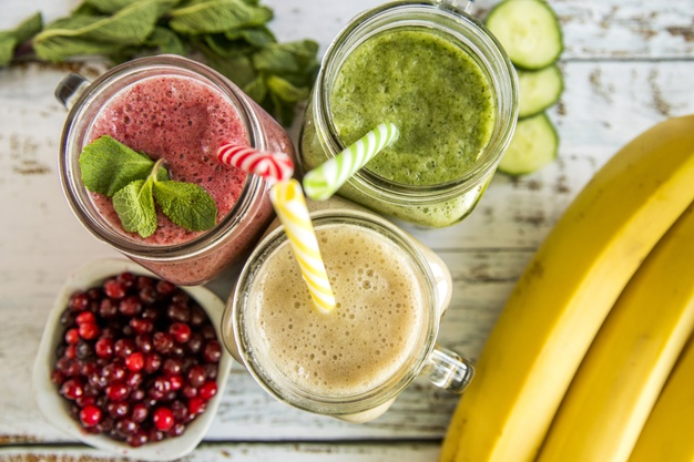 still-life-tasty-summer-smoothie_23-2148197869